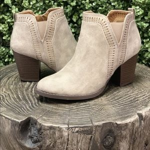 Qupid Stone Washed Booties size 6
